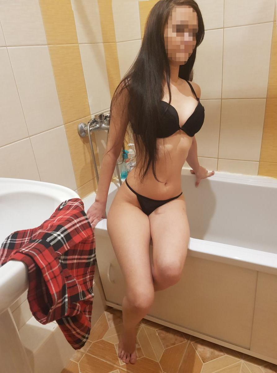 Индивидуалка Альбиночка, 20 лет, метро улица Дмитриевского